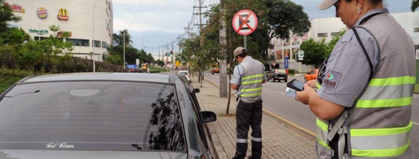 Como recorrer à multa por estacionar em desacordo com as posições estabelecidas no CTB 1
