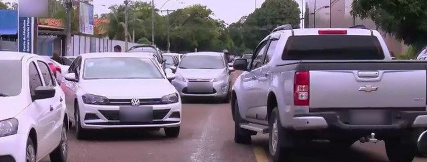 Como recorrer à multa por estacionar em fila dupla 1