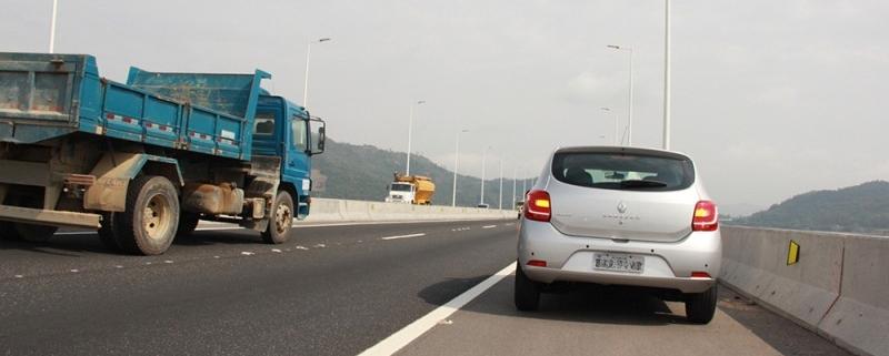 Como recorrer à multa por parar na pista de rolamento das rodovias 1